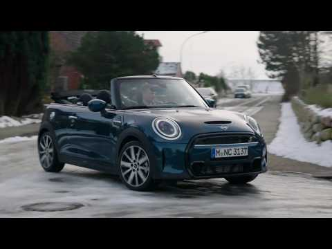 The MINI Cooper S Sidewalk Convertible