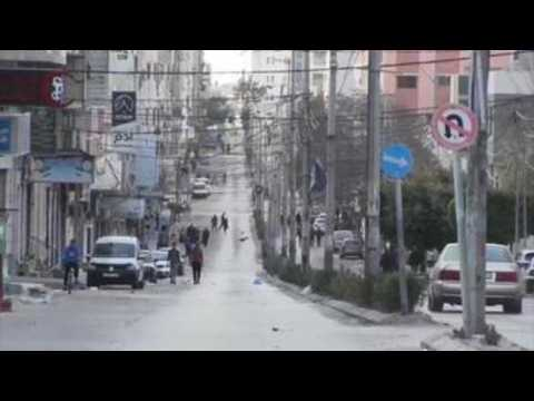 Empty streets in Gaza to curb Covid-19