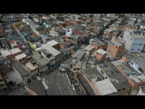 Sao Paulo favela residents rely on food aid amid pandemic