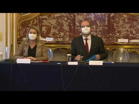 French PM, ecology minister host citizens climate delegation