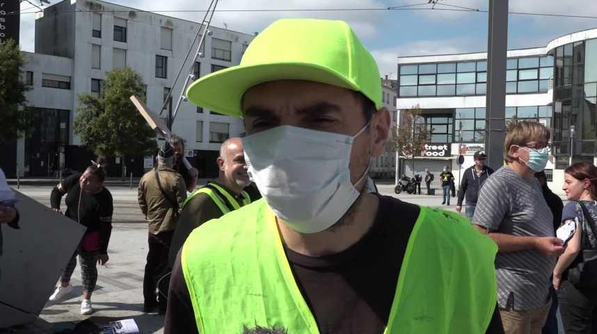 Thumbnail Gilets jaunes de Brest : la cacophonie des luttes ?