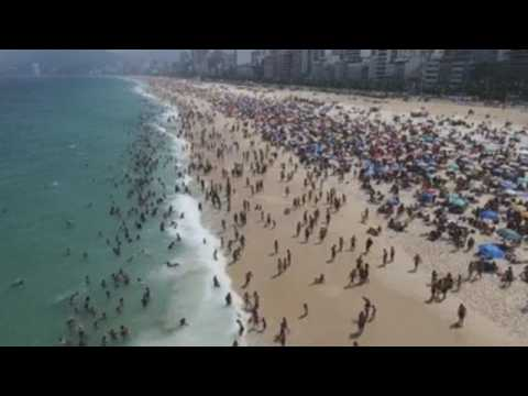 Crowds flock to Brazilian beaches amid pandemic