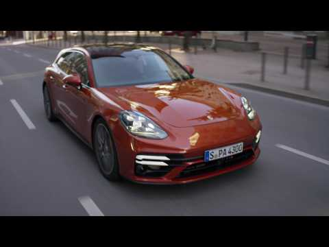 The new Porsche Panamera Deep Dive - Powertrain