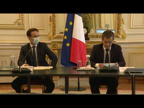 French ministers hold meeting on public transport