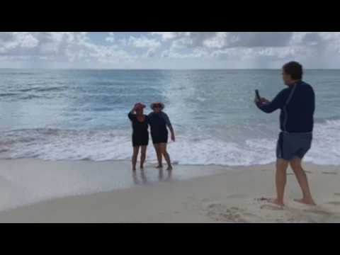 Beaches, public spaces in Mexican Caribbean reopen as COVID-19 infection risk lowers