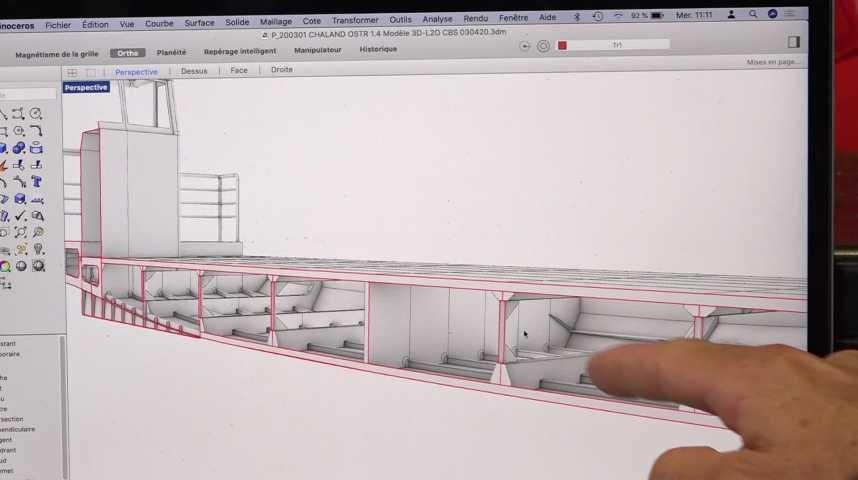 Thumbnail Innovation : une barge ostréicole 100% électrique