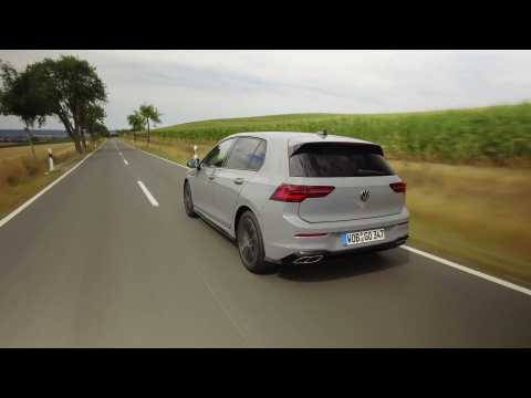 The new Volkswagen Golf 1.5 eTSI Driving Video