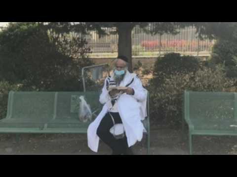Israelis welcome Jewish New Year amid second lockdown