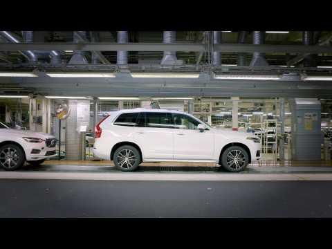 Pre-series autonomous driving ready XC90 rolls off production line