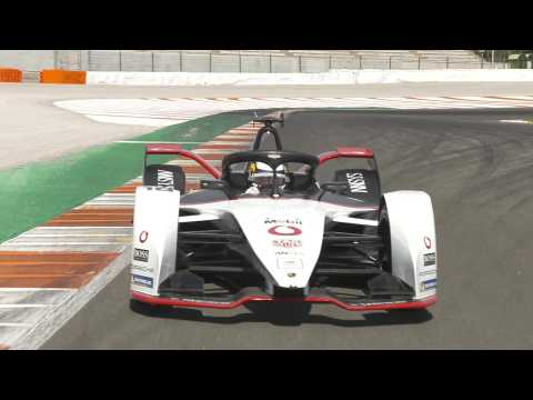 Formula E Test Drives in Valencia, Porsche 99X Electric Car Number 18