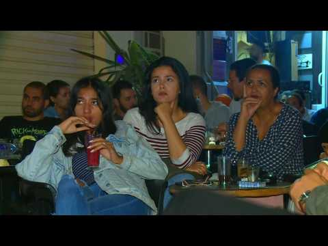 Tunisia's presidential elections: young Tunisians watch the televised debate
