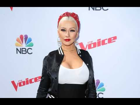 Christina Aguilera: The music industry is full of wolves