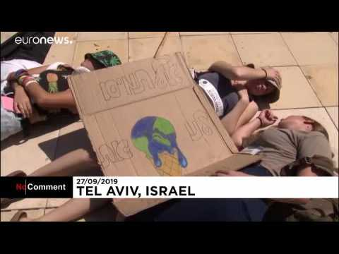 Young Israelis demand climate change action at protest