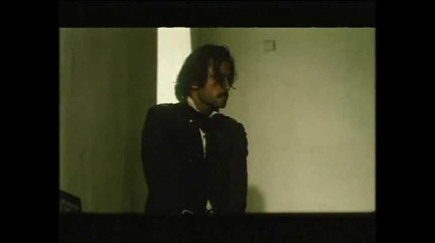 Les Percutés - Extrait 3 - VF - (2001)