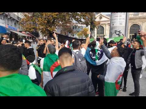 La fête a commencé place de la gare à Lille avant le match Algérie – Colombie