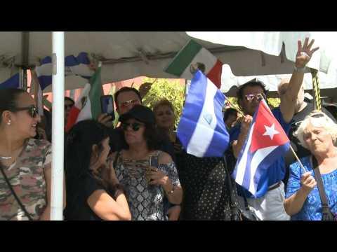 Heartbroken Jose Jose fans bid their final farewells