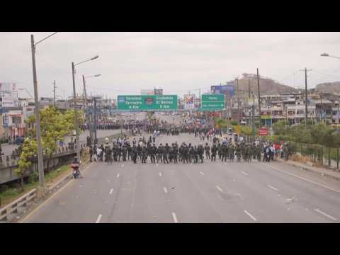 Violent protests break out in Ecuador's southern city of Guayaquil