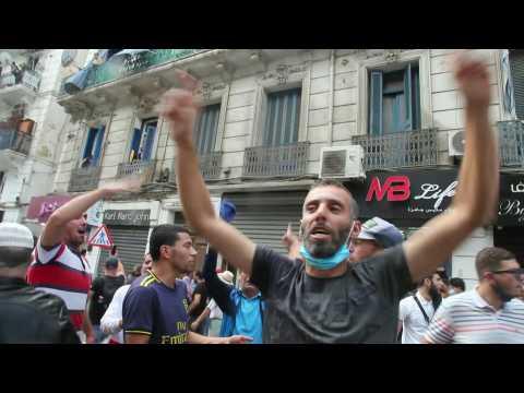 Algerians take to streets despite ban on protests