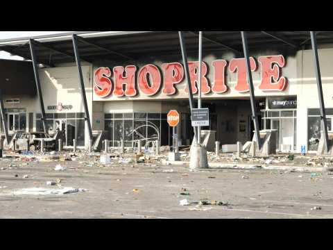 Looting in Lagos after shooting of protesters