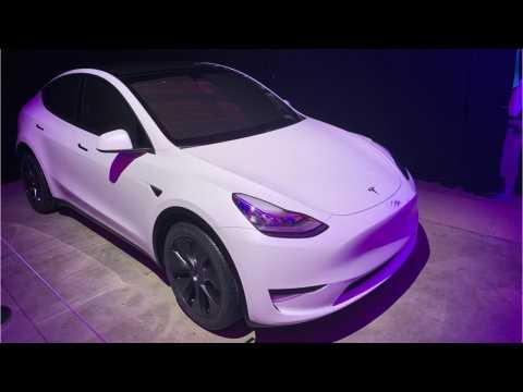 Tesla 'Full Self-Driving' Update Hitting Select Vehicles