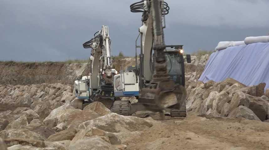 Thumbnail La dune est renforcée à Treffiagat