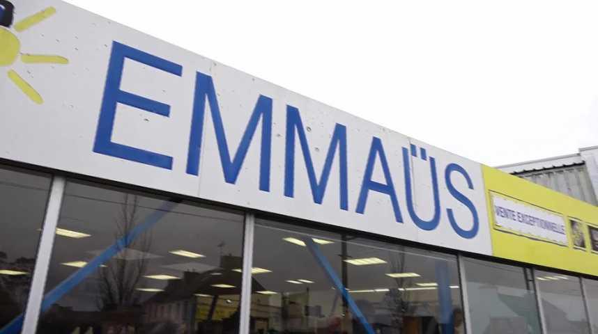 Thumbnail L'affluence pour la réouverture des magasins Emmaüs ce mercredi