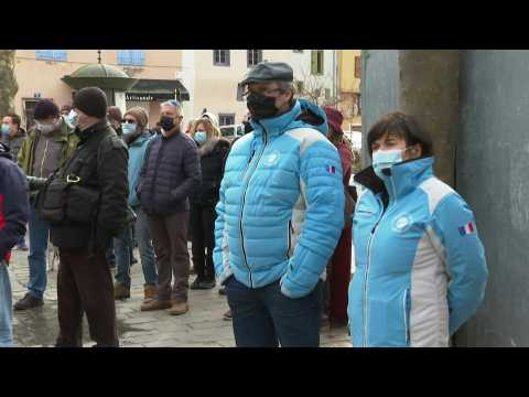 French officials, locals protest against closure of ski lifts over Christmas