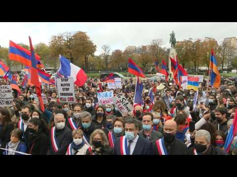 Nagorno-Karabakh: French Armenians protest in Paris