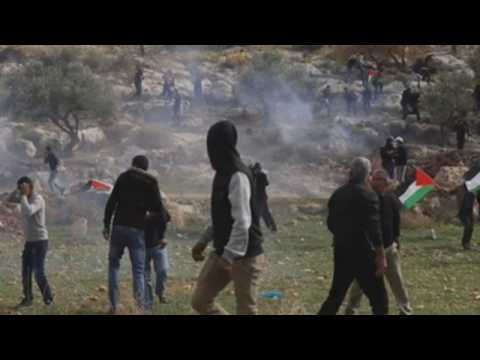 Clashes between Palestinians, Israeli soldiers during protests