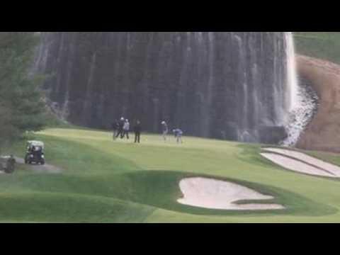 Trump plays golf in Virginia