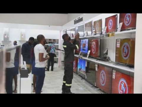 Thousands head to stores for Black Friday deals in Harare, Zimbabwe