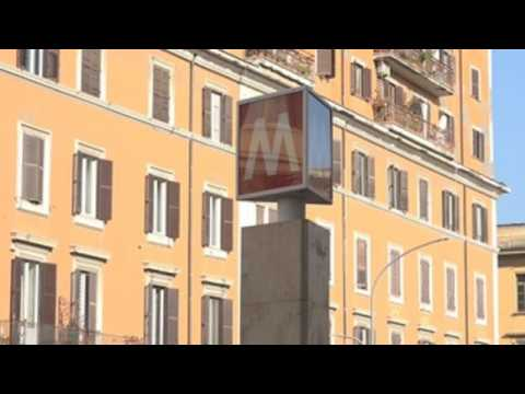 Users complain about public transport services in Rome