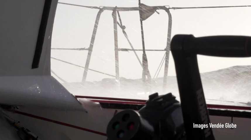 Thumbnail Vendée Globe : Escoffier sauvé, les skippers déroutés sont dans la course