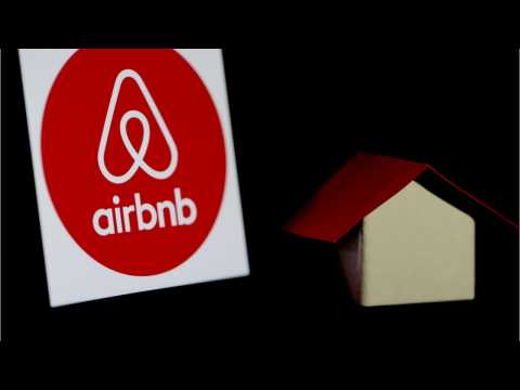 Airbnb Targeting $2.6 Billion In Mid-December IPO