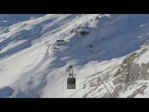Zugspitze ski resort remains closed due to coronavirus