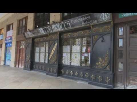 Bars, restaurants close in Spanish city of Bilbao