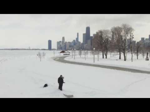 Eastern US in grips of winter storm