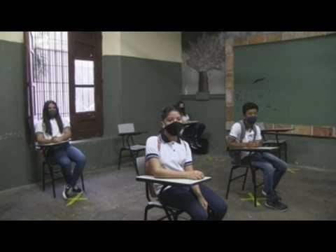 Teachers protest against resumption of face-to-face classes in Paraguay