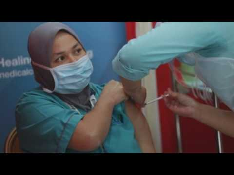 Healthcare workers continue to receive Covid-19 jab in Malaysia