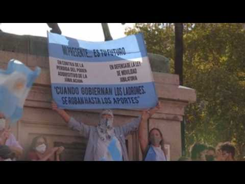 Protest in Buenos Aires against 'VIP vaccine' scandal