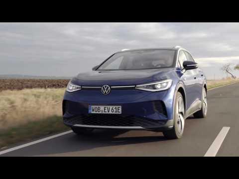 Volkswagen ID.4 in Blue dusk Driving Video