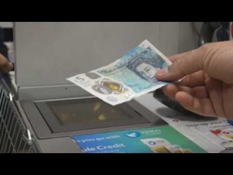 British pound climbing against Euro and US dollar