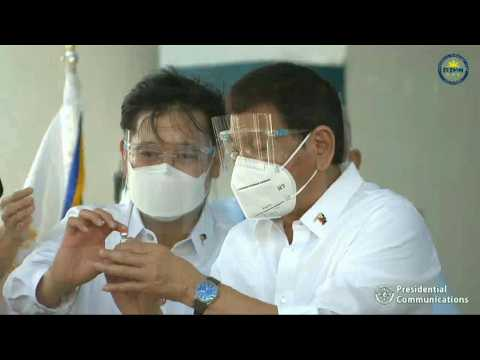 Philippines receives first Covid-19 vaccines from China
