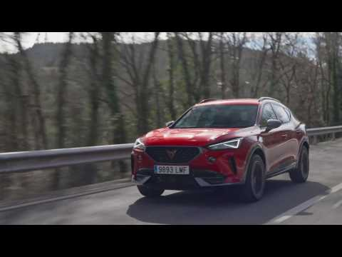 CUPRA Formentor 150 CV in Desire Red Driving in the country