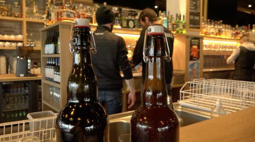 Thumbnail Vannes : le brasseur liquide sa bière