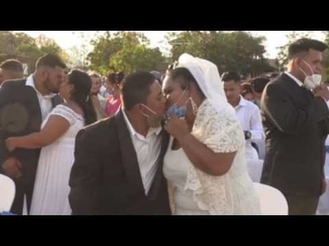 400 Nicaraguan couples tie the knot on Valentine's Day