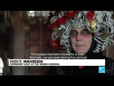 Venice carnival: Empty streets and canals as city celebrates annual event
