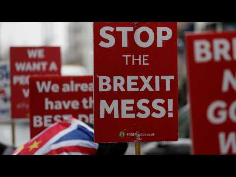 UK Lawmakers Look To Pass Law To Force PM May To Seek Brexit Delay