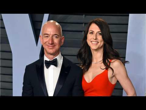 How Did Jeff And MacKenzie Bezos Split Up Their Money?