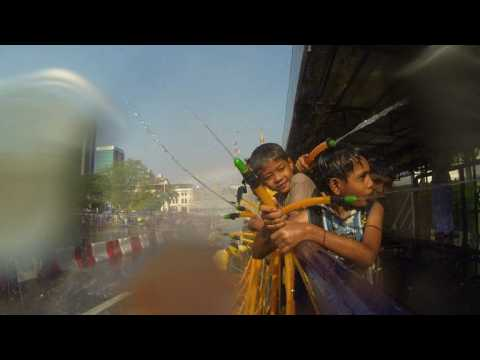 Myanmar New Year festival kicks off with street water fights